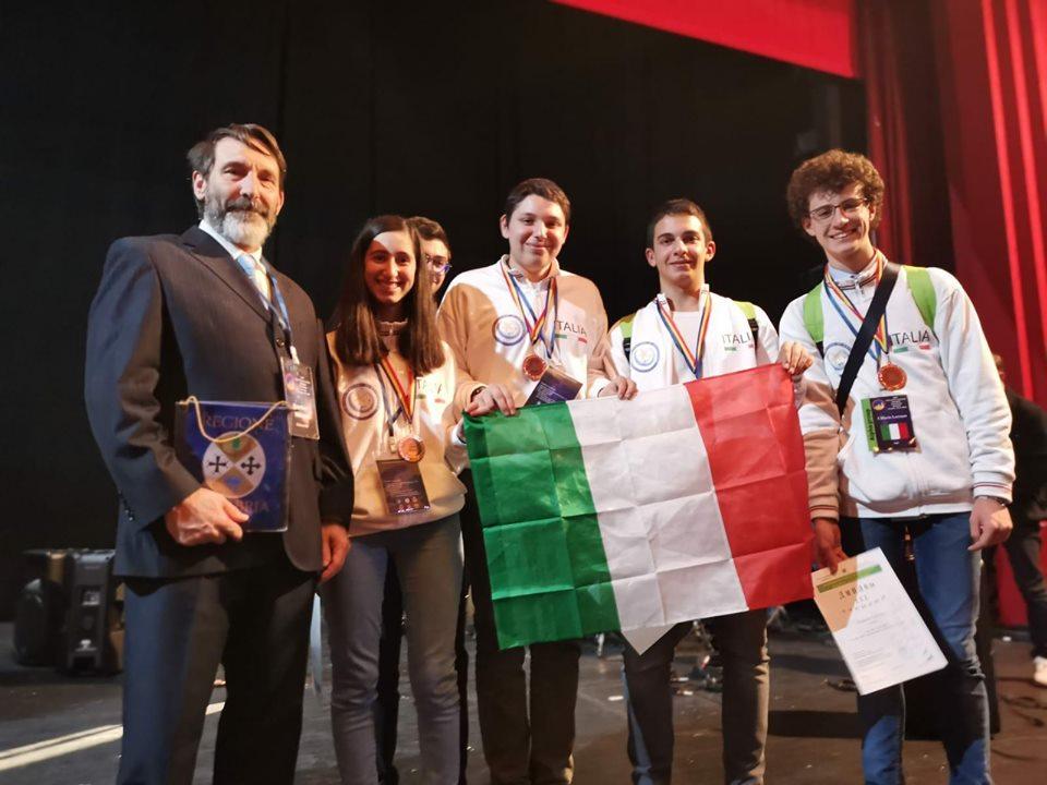 Tre giovani reggini sono sul podio delle Olimpiadi di Astronomia