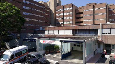 Truffe e centrale del falso agli ospedali Riuniti, arrestati dirigente medico e paramedico
