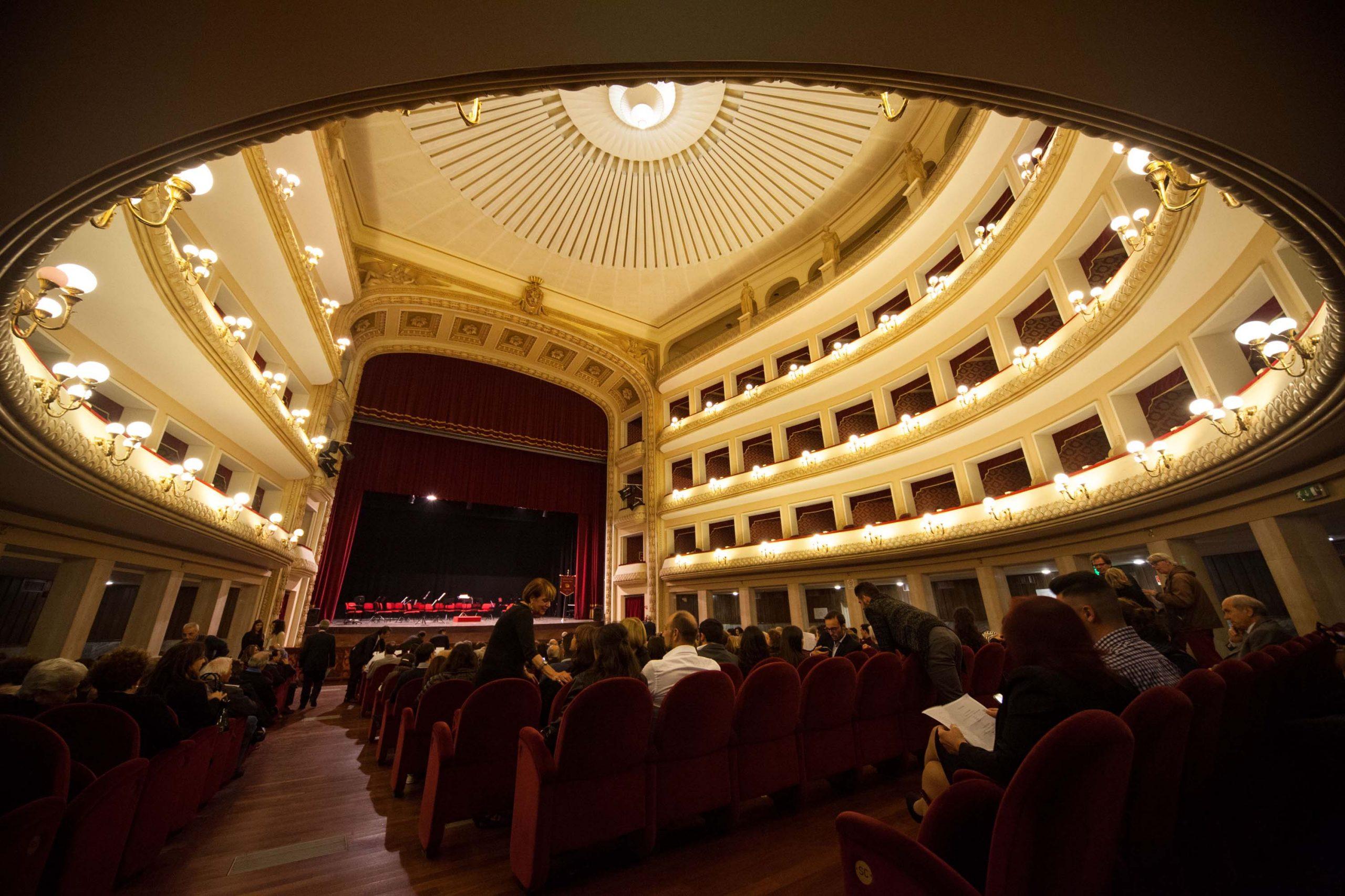 Reggio Calabria, teatro Cilea: una short list per i servizi