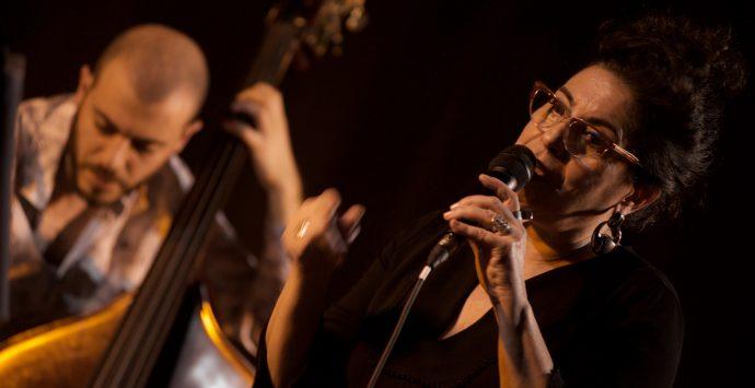 """Buona la prima di """"Reggio in Jazz"""". Ipnotica Montellanico con i brani di Tenco"""