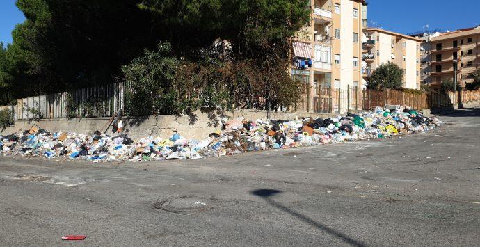 REPORTAGE | Ciccarello: viaggio nella terra di nessuno tra rifiuti, degrado e indifferenza