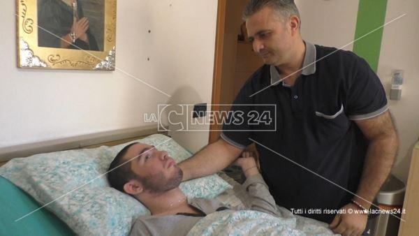 Natale Alvaro è gravemente malato e da 11 mesi senza assegno dell'Asp