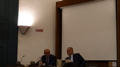"""La rete degli invisibili. La """"prima"""" di Gratteri alla fiera di Milano Book City"""