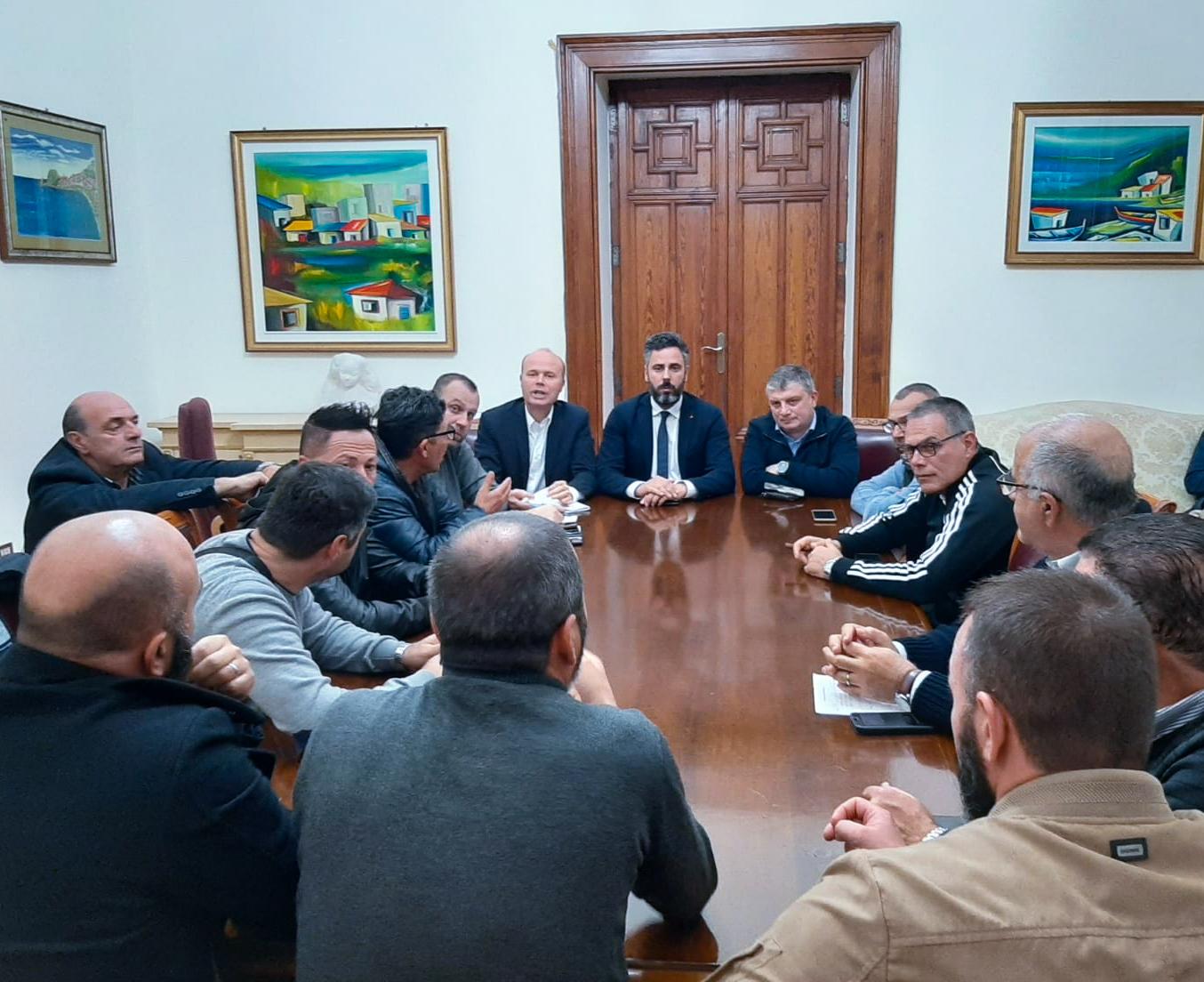Rifiuti, incontro con una delegazione dei lavoratori Avr a palazzo San Giorgio