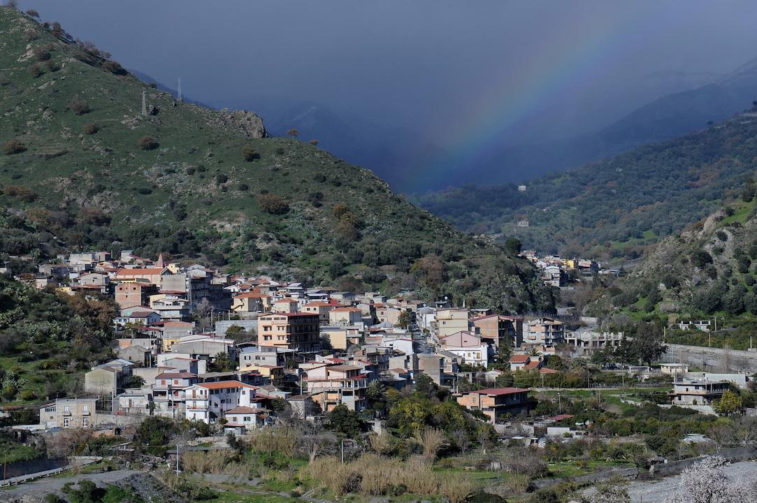 Area grecanica, i sindaci uniti: «Rivedere gli accessi antimafia»