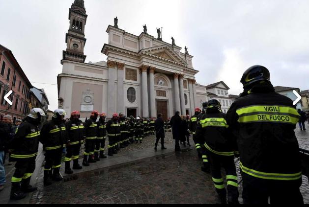 Nel duomo di Alessandria i funerali di Stato dei 3 vigili del fuoco