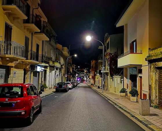 Palmi, migliora l'illuminazione pubblica in diverse vie cittadine