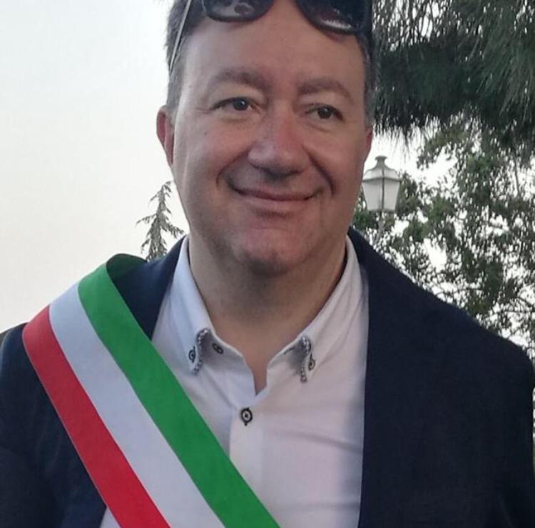 Riace, il Tribunale accoglie il ricorso sull'ineleggibilità del sindaco Trifoli