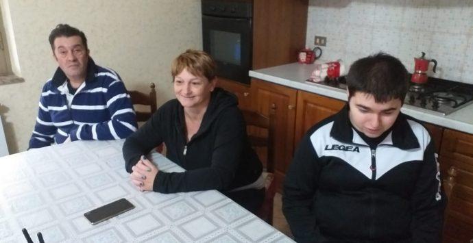 Disabile intrappolato dal maltempo e dall'indifferenza