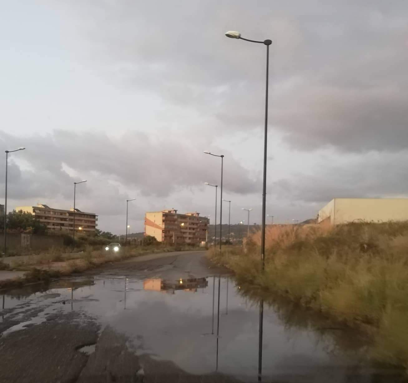 Arghillà, strada di collegamento tra Nord e Sud: «Così neanche in Siria»