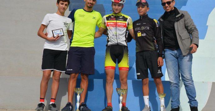 Ciclocross Reggio, buona la prima. Boom di iscritti al parco Ecolandia