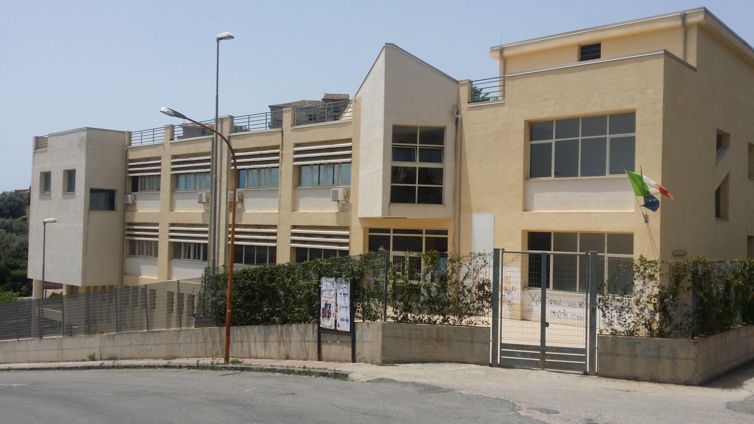 Roccella, il liceo scientifico inserito tra le migliori scuole d'Italia