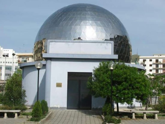 """""""Scatti tra cielo e terra"""", tutto pronto per la mostra del Planetario Pythagoras"""
