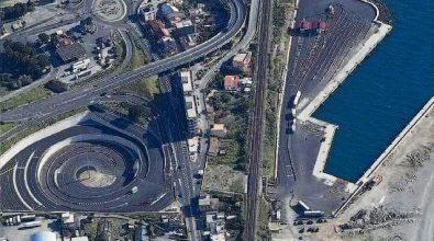 Interventi straordinari per riaprire il porto di Tremestieri segnato dalle mareggiate