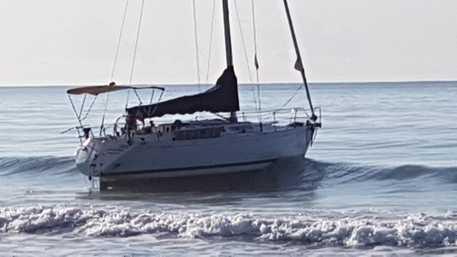 Immigrazione clandestina, fermati due scafisti al largo di Reggio