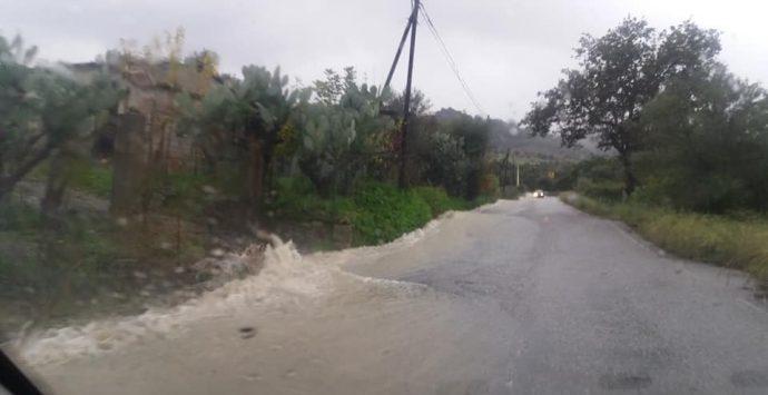 Maltempo nella Locride. Allagamenti, disagi e polemiche