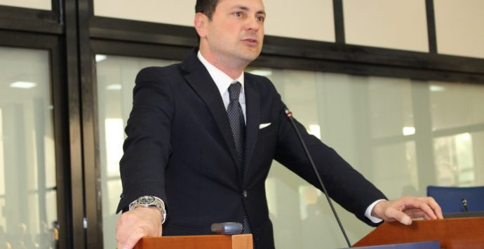 Elezioni a Reggio Calabria, Siclari: «La città prima per tasse? Fallimento del centrosinistra»