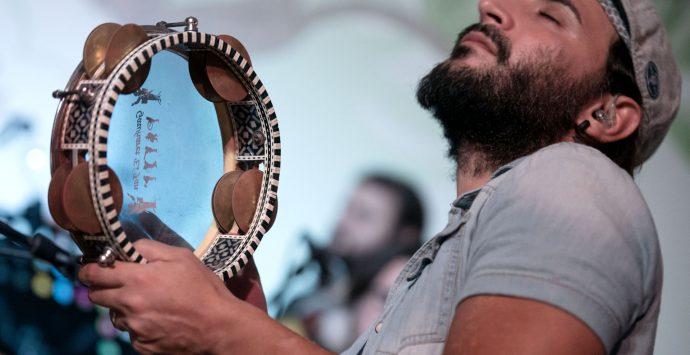 Claudio Paci: una vita fra sorrisi, percussioni ed amore per i bimbi