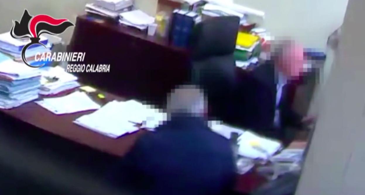 """'Ndrangheta, operazione """"Gattopardo"""": indagati imprenditori, prestanome, avvocati e consulenti"""