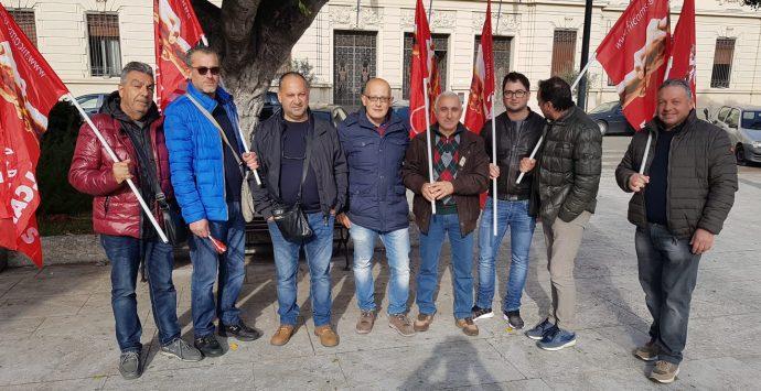 Senza stipendio da settembre, lavoratori di Locride Ambiente in protesta