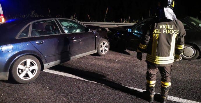 Jonio – Tirreno, incidente stradale nella notte: un morto e due feriti