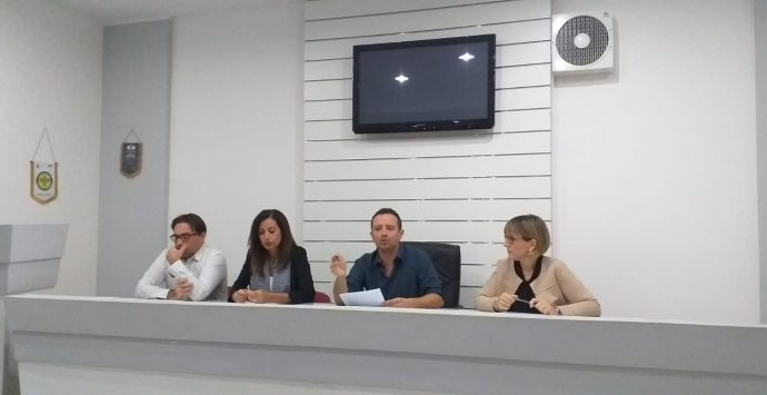 Villa, i consiglieri di minoranza contro l'amministrazione: «Diamo fastidio»