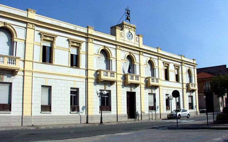 Coronavirus Villa San Giovanni, tre nuovi casi positivi e cimiteri chiusi