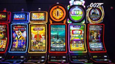Gioco d'azzardo, slot truccate prodotte a Reggio. Sequestri in tutta Italia