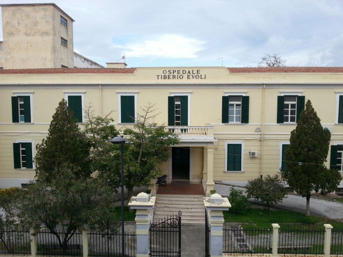 "Coronavirus a Melito Porto Salvo, 4 casi positivi all'ospedale ""Tiberio Evoli"""