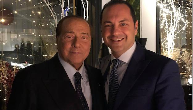 Berlusconi in Calabria. Siclari: «Un ultimo slancio verso la vittoria»