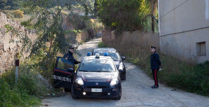Omicidio a Villa San Giovanni. Spara ai fratelli e uccide uno di loro per questioni di vicinato