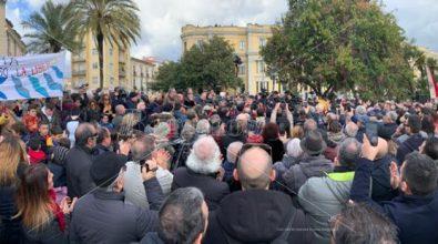 «Giù le mani da Gratteri». In piazza a Catanzaro il volto pulito della Calabria
