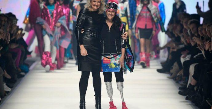 Giusy Versace, in passerella a Berlino, lancia un forte messaggio di inclusione sociale