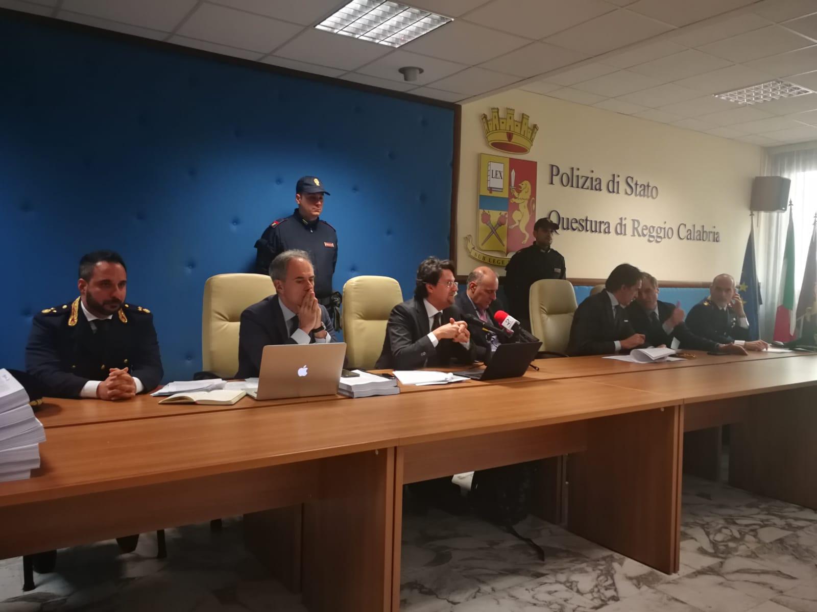 'Ndrangheta, 65 arresti: ai domiciliari il consigliere regionale Domenico Creazzo. Chiesto arresto per senatore Siclari NOMI E DETTAGLI