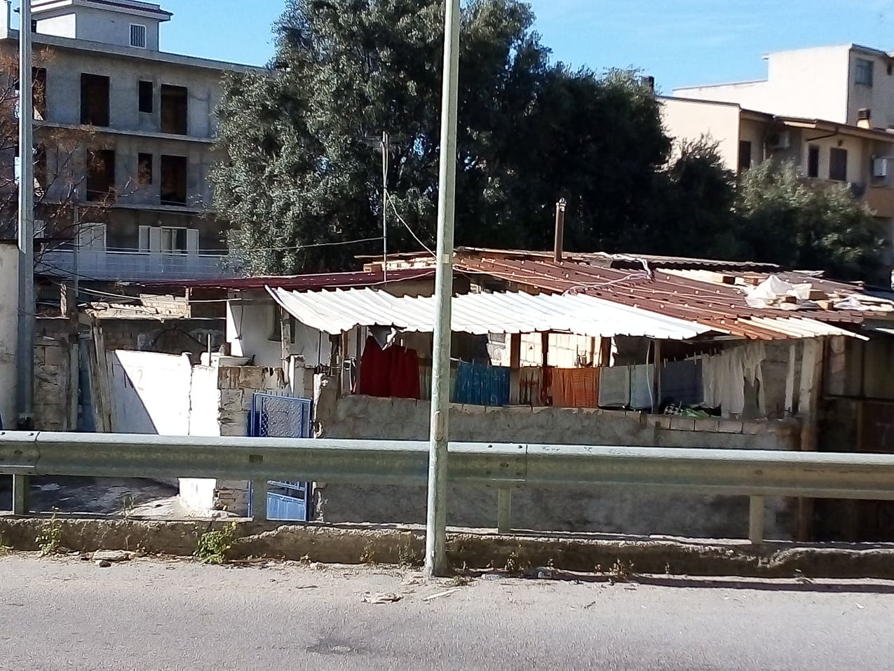 Il ghetto dell'Ex Polveriera, purtroppo, esiste ancora