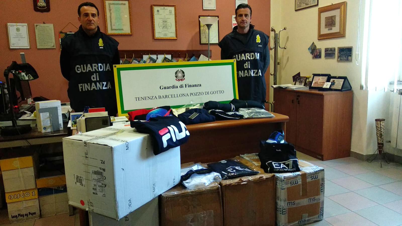 Capi contraffatti e manodopera irregolare, sequestro in noto centro commerciale