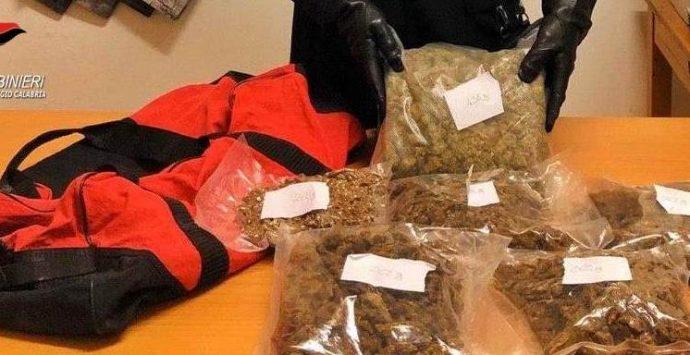 Due chilogrammi di droga nel borsone, arrestato 42enne reggino