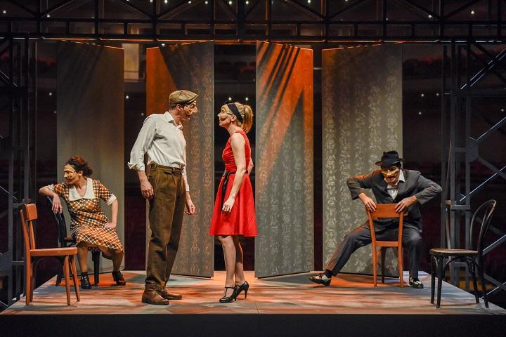 """SpazioTeatro, con """"Hermanos"""" in scena il dramma dell'emigrazione"""