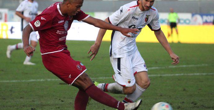 """Catania-Reggina 0-0, si chiude con tanto nervosismo il derby del """"Sud"""""""