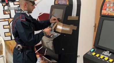 Slot machine e videoterminali senza autorizzazione, maxi sanzione a  un circolo privato