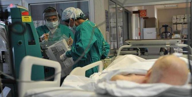 "Coronavirus, Santelli: «Posti in terapia intensiva già tutti occupati da pazienti ""ordinari""»"