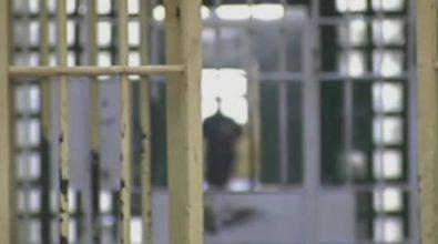 """Coronavirus a Reggio Calabria, mascherine prodotte dalle detenute del carcere """"San Pietro"""""""