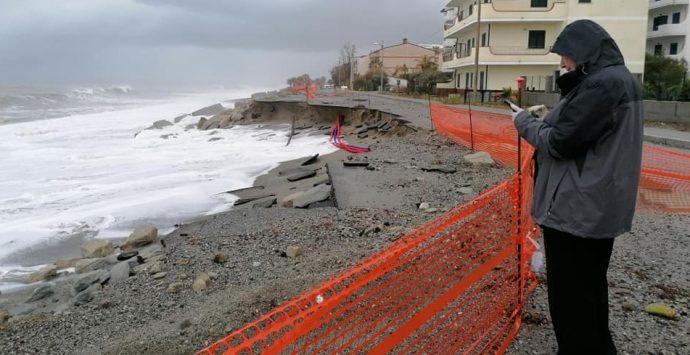 Bova Marina, mareggiata devasta nuovamente il litorale jonico