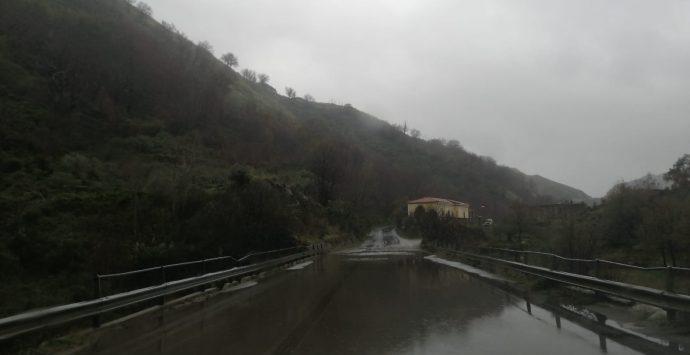 Reggio Bene comune: «Servono interventi urgenti di manutenzione stradale tra Pietrastorta e Ortì»