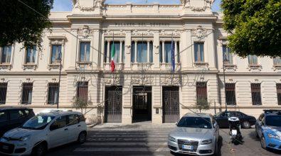 Commercianti disperati: «Riaprire subito o in tanti cederanno alla 'Ndrangheta»