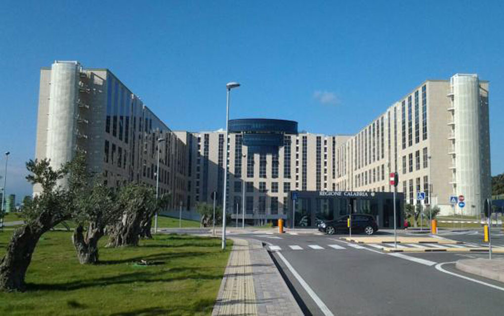 Reggio, 1 nuovo positivo e 2 dimissioni: il bollettino del GOM