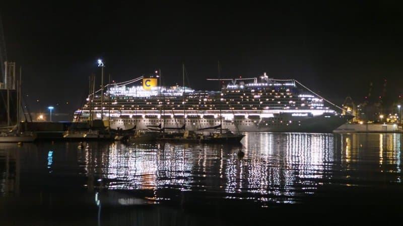 Coronavirus a Reggio Calabria e nave da crociera a Gioia Tauro, un padre al sindaco: «Mio figlio a bordo. Toni offensivi e mancanza di solidarietà»