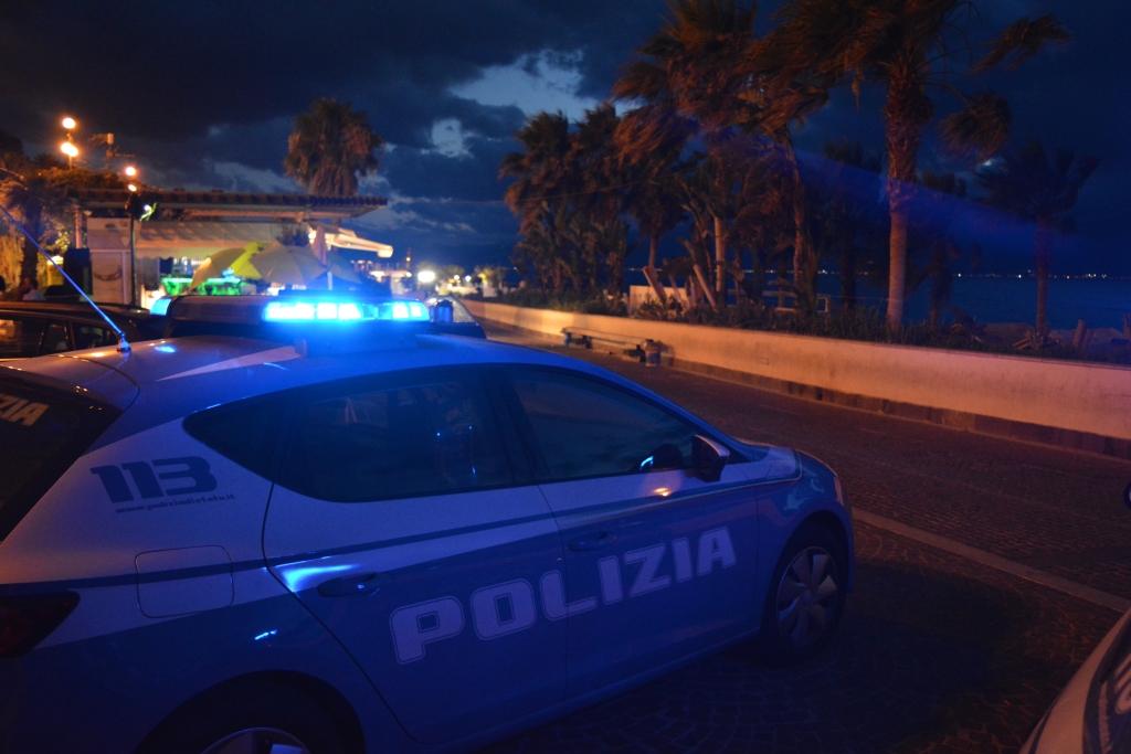 Somministrazione e vendita di alcolici ai minori, la polizia intensifica i controlli