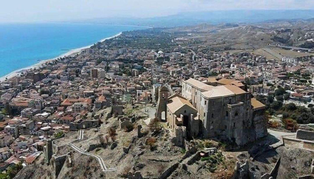 Giornate dei castelli, la Calabria in campo con Palazzo Carafa