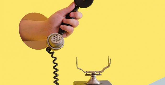 SpazioTeatro: dona storie da raccontare al telefono agli anziani e a chi è solo